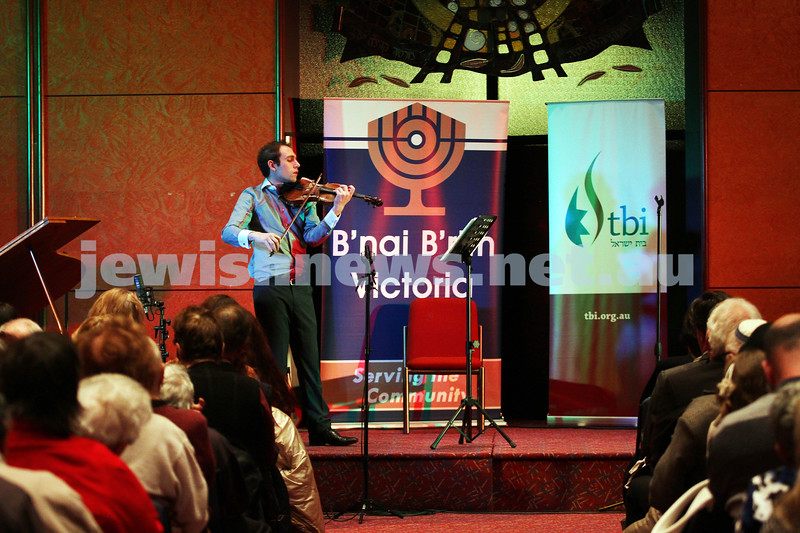 14-9-14. B'nai B'rith Youth Eisteddfod 2014. Finals Concert, Slome Hall, Temple Beth Israel. Special guest performer, Julian Schulberg. Photo: Peter Haskin