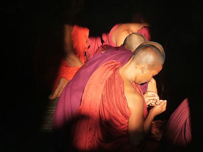 Buddhist Burma - Buddhas, Monks, Monasteries and Golden Rocks