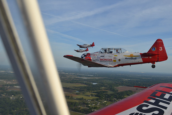 Formation Flying with the AeroShell T6 Aerobatic Team at Sun & Fun Air Show in Florida