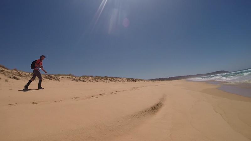 Beach regaining. <br /> <br /> Photo from Laure Gauthiez Putallaz, team 16