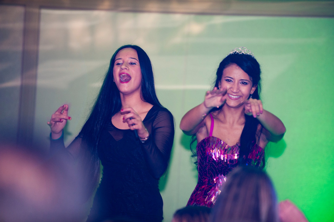 party dance - end607
