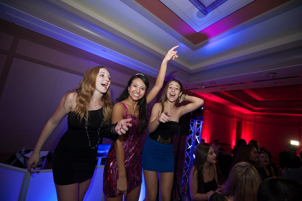 party dance - end616