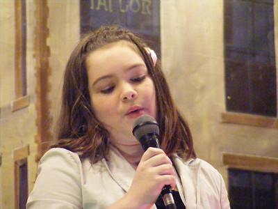 Ellas Ballou singing Let it Go