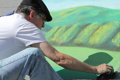 IMG_5634 JPG randall gardner of quechee does a scene from pomfret at chalk it up
