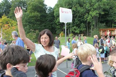 4th grader teacher Cindy Siegler IMG_1441