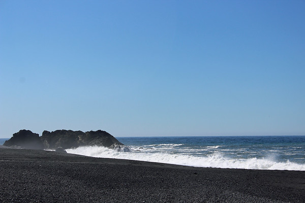 Rolling Wave of the Black Sand Beach