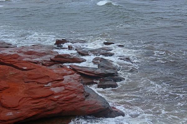 Rocks & Waves
