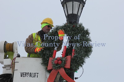 City of Eagle River Christmas Decorations