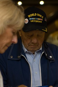 26 Honor Flight Departure 110.18.14-2