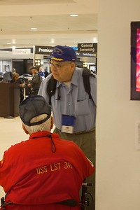 21 Honor Flight 9.2014-23