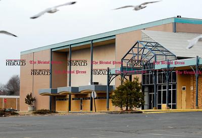 3 10 2007 Mike Orazzi photo The Centre Mall.
