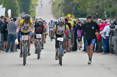 "16 Ride 2 Recovery cyclists ""race across the sky"" in the 104-mile Leadville 100 Mountain Bike Race presented by Lifetime Fitness."
