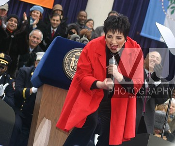 Liza Minelli renders New York, New York at the swearing in ceremony of New York City Mayor Michael Bloomberg Margot Jordan Photo All Rights Reserved
