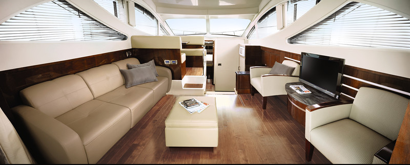 Sea Ray 450 Sedan Bridge (2014)