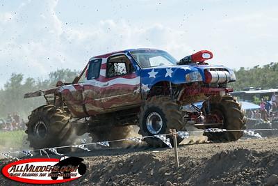Muddy Motorsports Park North vs South 2014