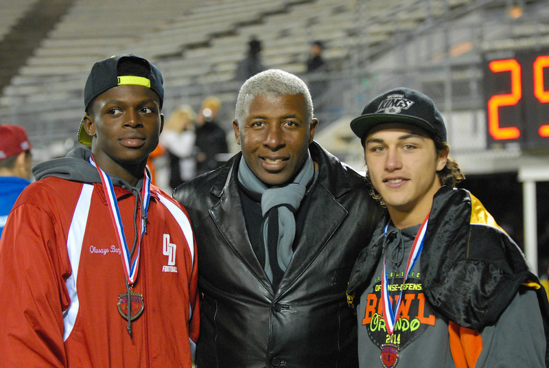 ADark_Knight and Coach Isaac_0927