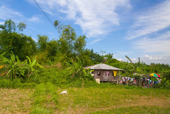 Bahay by the roadside, Pangasinan