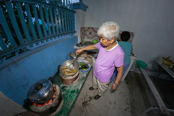 Nanay's favorite: fried Dalagang Bukid