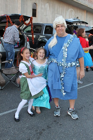 2014-10-31 Trunk-Or-Treat