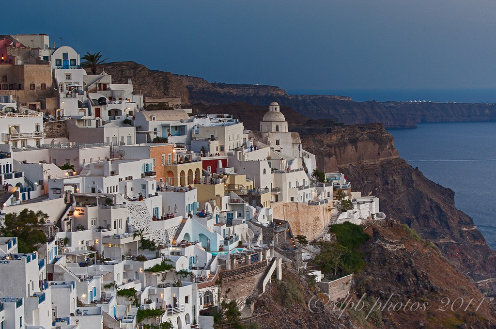 Fira Close-up