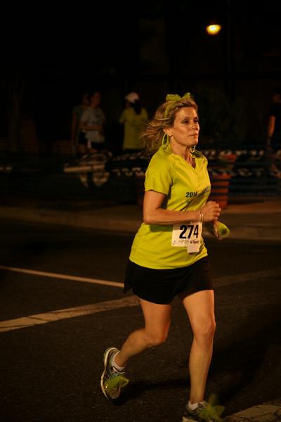 Darcars Rockville Rotary Twilight Runfest 2014 - Photo by Ken Trombatore