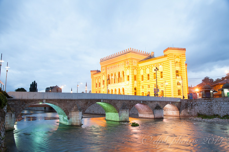 Magaric Bridge / City Hall