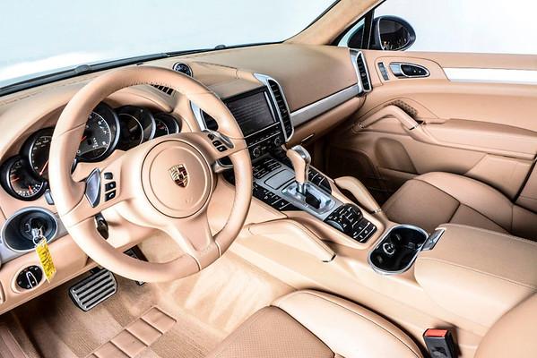 2014 Porsche Cayenne GTS
