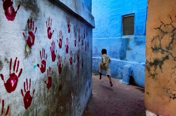 The photo I wanted to take [this is Steve McCurry's iconic shot - not mine!]