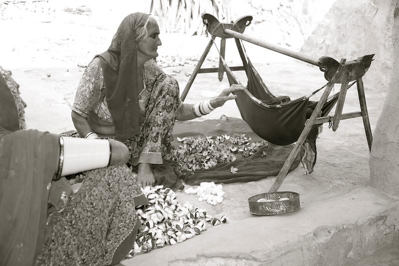 Multitasking grandmas