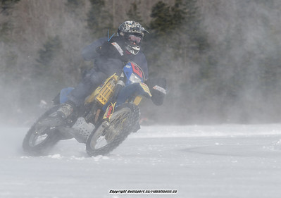 2014-01-01 Terrance Bay Ice Racing