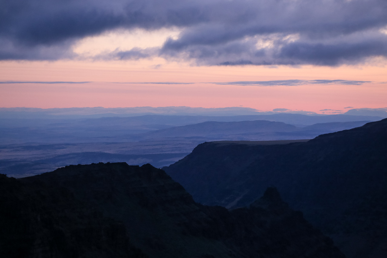 Looking down Kiger Gorge and beyond as the sun begins to rise.