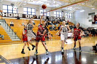 Lady Ducks Vs Brimfield 2-8-2014_1813