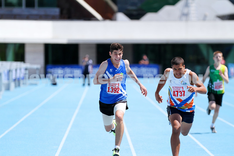 16-2-14. Victorian Junior Athletics Championships. Lakeside Stadium. Asher Marks. Mens U 16 200m. Photo: Peter Haskin
