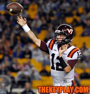 Virginia Tech Hokies quarterback Michael Brewer (12) throws a pass. (Michael Shroyer/ Thekeyplay.com)