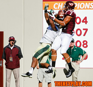 Bucky Hodges (7) pulls away a touchdown catch from William and Mary's Aireck Green.