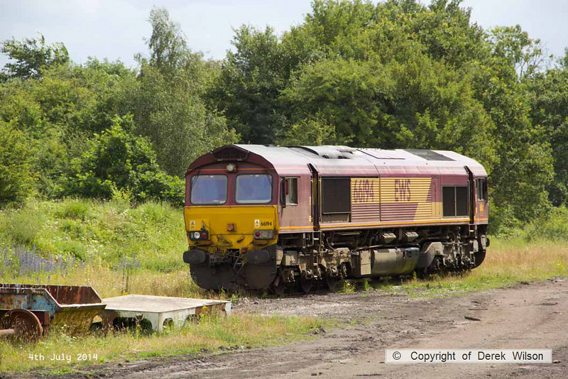 140704-001      DB Schenker class 66/0 no 66194 is seen in WH Davis' headshunt at Shirebrook.