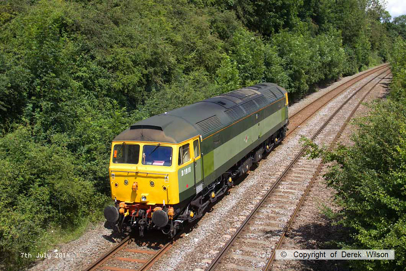 140707-006     Two-tone green liveried class 47/8 no 47812 is seen approaching Kirkby Lane End Junction, where it joined the Robin Hood Line, with GB Railfreight route learner 0Z59, the 12.04 Toton North Yard to Ironville Junction.