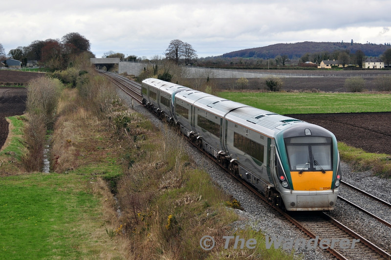 22050 + 22048 pass Carn with the 1343 Laois Depot - Heuston. Sat 05.04.14
