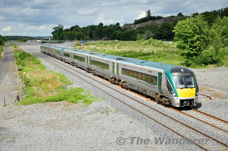 The 1600 Heuston - Cork was increased from 4ICR to 8ICR today (using the 4ICR released off the 1500 Heuston  -Cork) to cater for expected heavy demand on the 1920 Cork - Heuston due to the Munster Hurling Final in Cork. 22015 + 22027 pass Lisduff heading to the 2nd City of Ireland. Sun 13.07.14