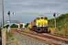 072 at Wellington Bridge. 0700 Waterford - Rosslare Strand Weedspray Train. Mon 21.07.14