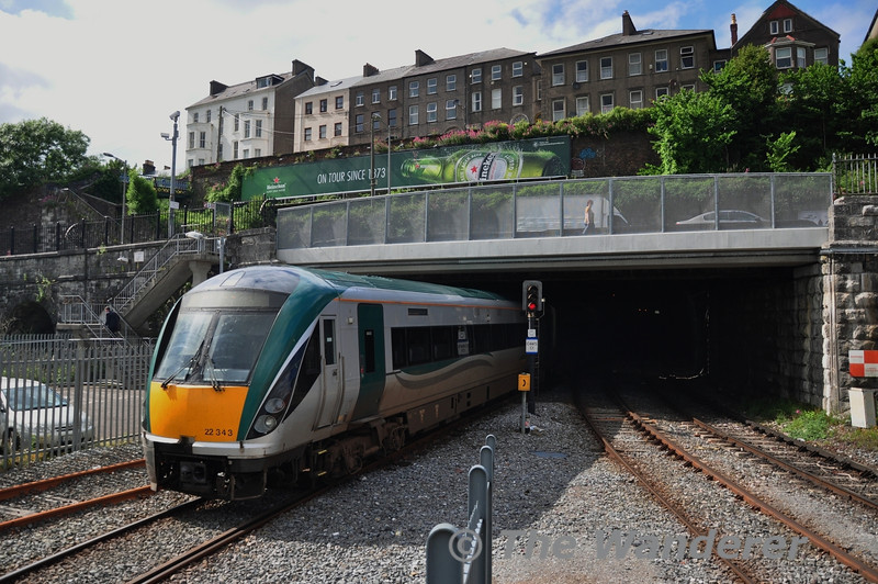 22043 exits Cork Tunnel bound for the servicing slab to have its radiators washed. Fri 13.06.14