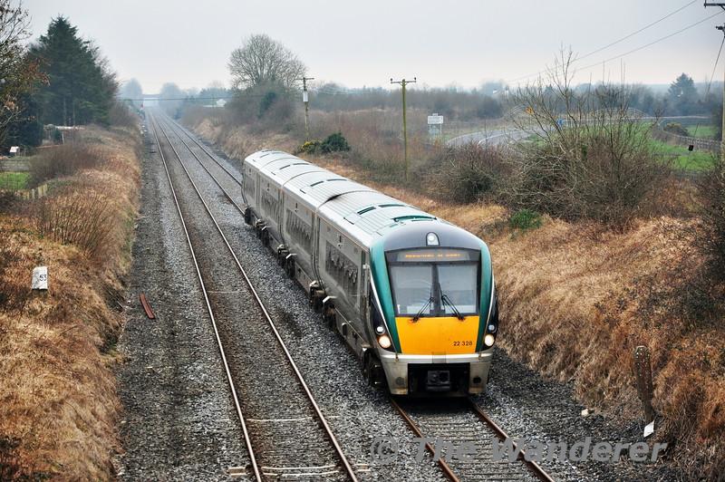 22028 1220 Cork - Heuston at Clonkeen Bridge. Thurs 13.03.14