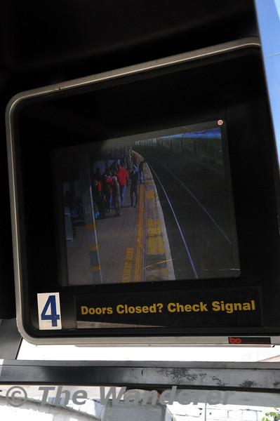 Doors Closed? Check Signal on the monitor at Tara Street. Sun 11.05.14