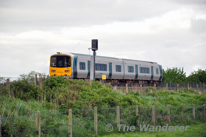 2804 + 2803 stabled in the Up Loop at Portarlington with the 1310 Limerick - Ballina Ety. Wed 07.05.14