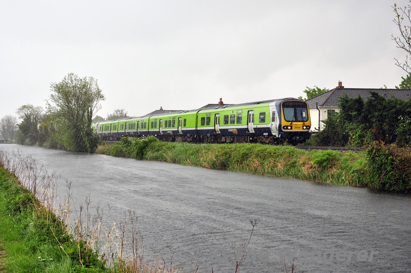 29004 + 29027 run alongside the Royal Canal with the 1240 Pearse - Maynooth. Sun 11.05.14