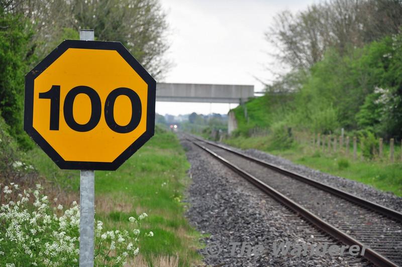 100 MPH Board next to Level Crossing XA08 Shanderry No. 1. Mon 05.05.14