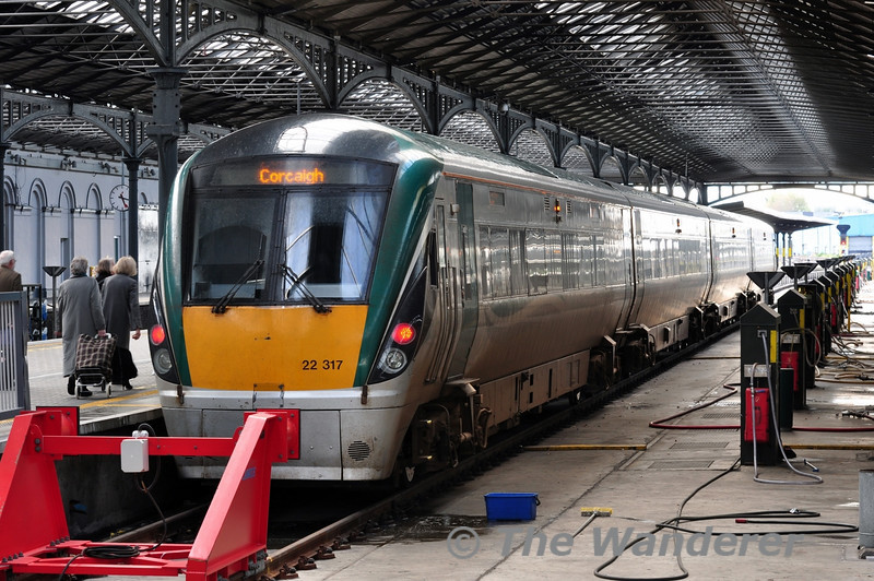 One of the two Mallow - Tralee sets makes a weekly visit to Dublin off the 1150 Tralee - Heuston. It returns to Cork on the 1800 from Heuston. Sun 11.05.14