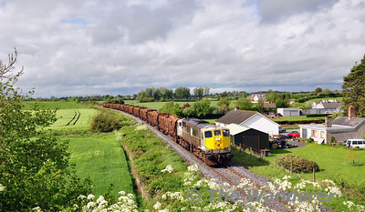 Another brief burst of sunshine was perfectly timed for 080 passing Aghanure with the 1105 Ballina - Waterford. Sat 10.05.14