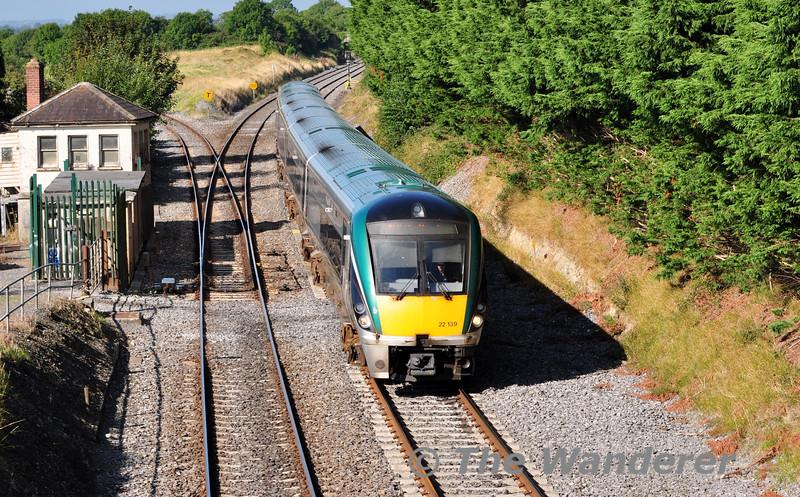 22039 passes Cherrville Jct. at speed with the 0825 Limerick - Heuston. Sun 07.09.14