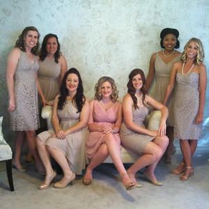 bridesmaidsphoto